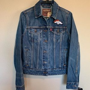 Denver Broncos Levi's Jean Jacket Size Small